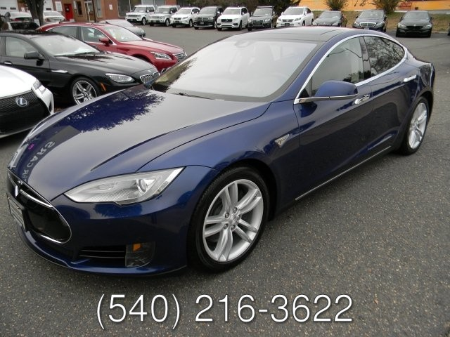 2015 Tesla S85D ALL WHEEL DRIVE
