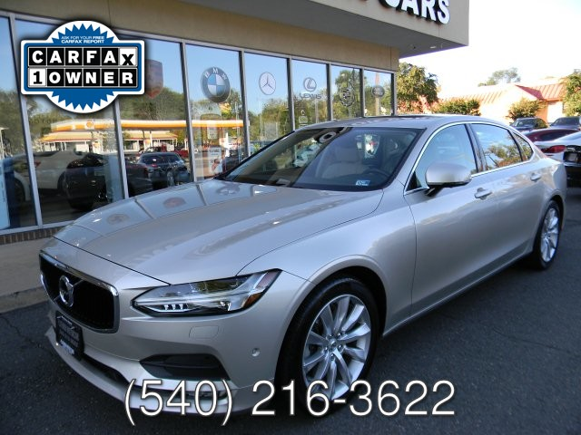 2018 Volvo S90 T6  MOMENTUM ALL WHEEL DRIVE
