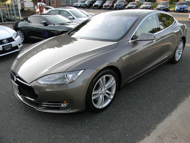 2015 Tesla S 85D ALL WHEEL DRIVE