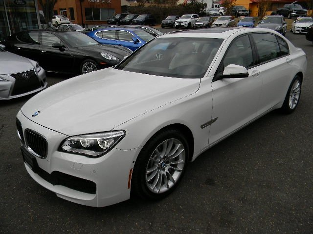 2015 BMW 750LXI MSPORT